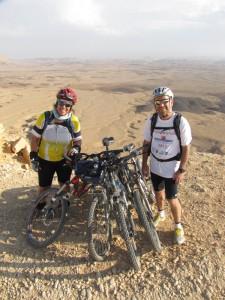 טיול אופניים במכתש רמון - מורה דרך דנה מאיר